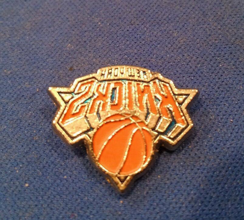 new york logo lapel or hat pin