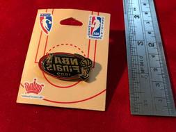 New 1999 NBA Finals Pin - San Antonia Spurs - New York Knick