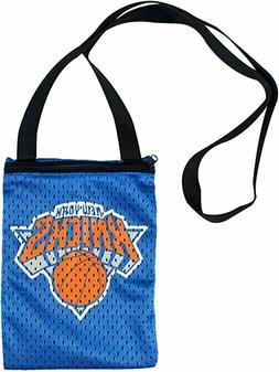 NEW NBA New York Knicks Game Day Pouch Stadium Friendly Bag