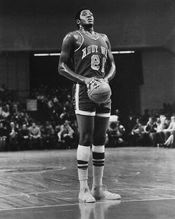 New York Knicks WILLIS REED Glossy 8x10 Photo NBA Basketball