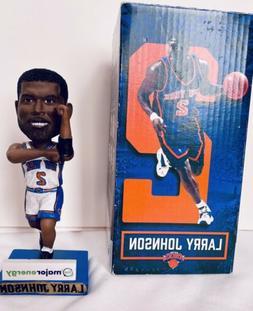 VINTAGE NBA NEW YORK KNICKS LARRY JOHNSON #2 BOBBLEHEAD MAJO